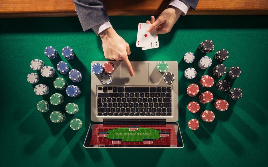 Domino Online Gambling