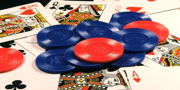 Online poker domino qq