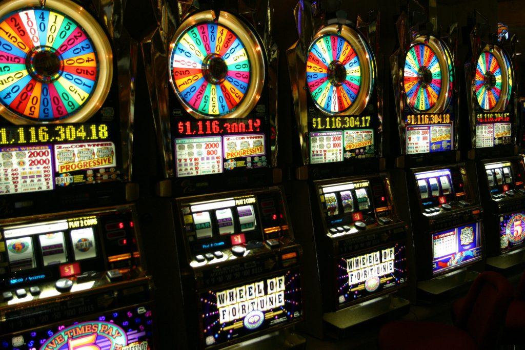 e games slot machine free download